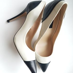 ZARA black tip pumps